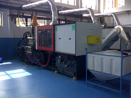 Injection moulding mc